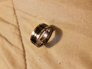 Tungsten/Colbalt Men's ring.