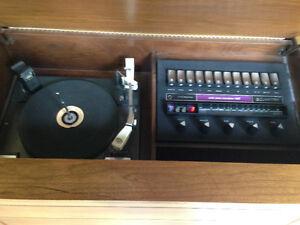 Clairtone vintage record player Cambridge Kitchener Area image 2