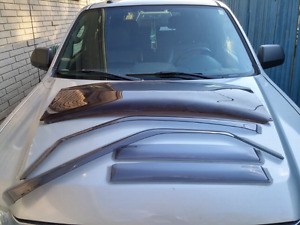 Mitsubishi Montero Window Deflector Set