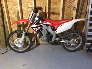 2009 crf450r Moose Jaw Regina Area image 1