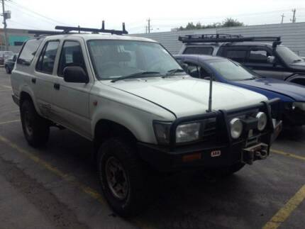 WRECKING: Toyota RN 4Runner 2.4L 1994