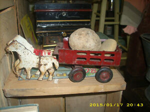 1920s30s girard toys horses and wagon