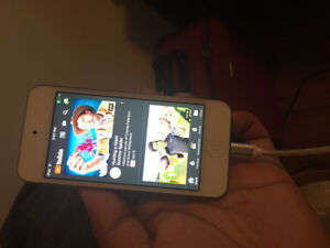 IPOD TOUCH 6 FOR SALE!!!!!