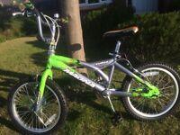 """Magna Surge BMX Style bike. 18"""" wheels, suit ages 5 to 7"""