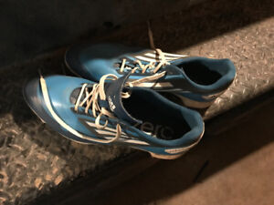 Golf shoes worn hardy worn