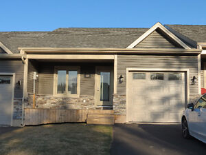 Beautiful townhouse with garage ~ 22 Parkview, Sackville