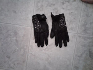 Ladies BRP Caliber motorcycle jacket and gloves