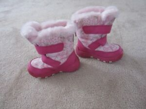Cougar Children's Winter Boots Size 8