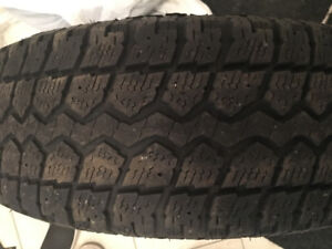 2 Winter Tire / 215/70R16 Motomaster Total Terrain WT