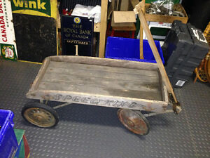 ANTIQUE SPEED KING WOODEN WAGON - PARKER PICKERS -