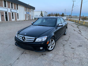 2009 Mercedes-Benz C300 - AWD -  LOADED