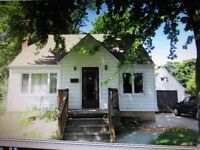 North End 3 bedroom 1.5 story home