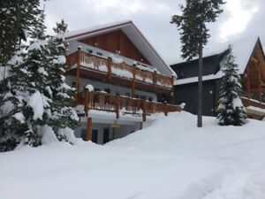 Castle Mountain Resort Large Home for Rent Ski in Fernie area