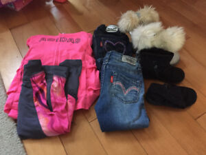 Size 2 toddler cloths  and boots