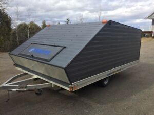 12' Enclosed SnowmobileTrailer Clamshell