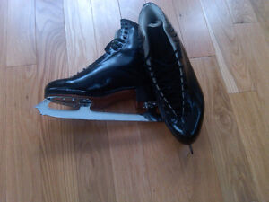 Men's Ridell Figure Skates Sz 10