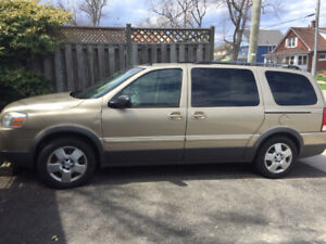 2006 Pontiac Montana SV6 Extended Van For Sale AS IS.