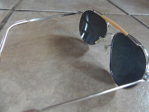 VINTAGE American Optical Pilot Aviator Sunglasses True Gray COOL