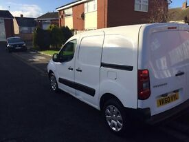 2011 60reg Peugeot Partner 1.6 Hdi White clean van ready for work