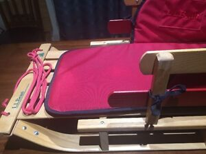 LL Bean Child's Pull Sled with Cushion - Mint Condition! Kitchener / Waterloo Kitchener Area image 1