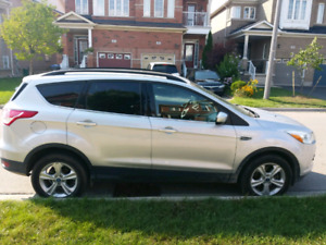 Immaculate Ford Escape SE AWD for sale