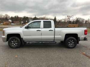 2015 Chevrolet Silverado 1500 LT|4x4|One Owner|Accident Free|Bac