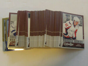 LOT DE 101 CARTES DE HOCKEY MARQUEE ROOKIES O.P.C 2008-09