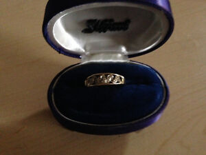 Mom ring size 13 1/4