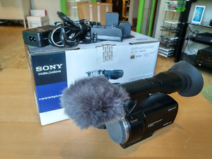 Sony NEX-VG20 HD Video Camera (without lens)