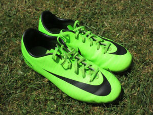 Youth Soccer Cleats and Shoes -- Size 4 and 4.5 -- AVAILABLE