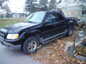 2003 Ford Explorer Sport Trac Pickup Truck