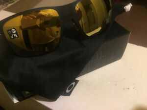Brand new Oakley and Ray-Ban Sunglasses
