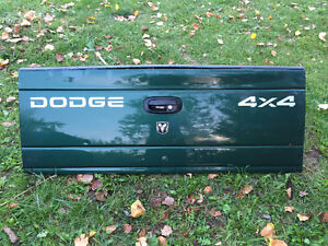 Dodge Dakota Tailgate Buy Or Sell Used Or New Auto Parts
