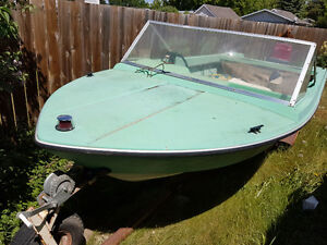 14' Anchor boat with 40hp evinrude