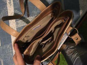 Bentley purse London Ontario image 2