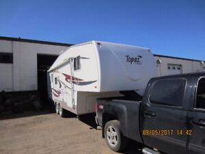 Triple E Topaz fifth wheel trailer