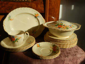Vintage 21 Piece Dinner Set - Lucille pattern