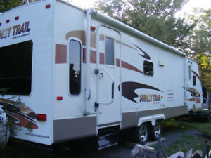 2007-29  FOOT SUNSET TRAIL TRAVEL TRAILER