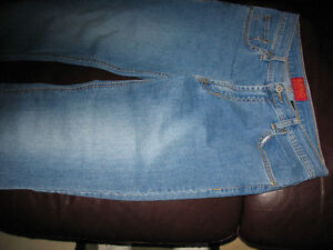 BUFFALO JEANS  -  Size 32 Kitchener / Waterloo Kitchener Area image 5