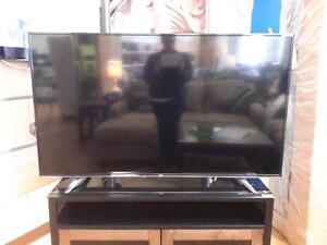 "*** USED *** LG ELECTRONICS LG 60"" LED TV   S/N:0SWAT1G936   #STORE913"