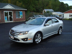 2011 Ford Fusion Sport - 3.5L V6 All Wheel Drive - Loaded!!