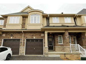 3 Bedroom Townhouses in Stoney Creek For Under $745,000!