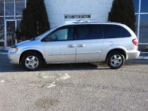 2004 Dodge Caravan Anniversary Ed Minivan, Van