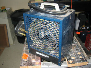 LIKE NEW ELECTRIC CONSTRUCTION HEATER