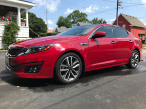 KIA OPTIMA 2015 SX TURBO with Winter Tires! Financing Available