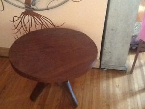 Unique round coffe table with tripod legs , hand carved Kingston Kingston Area image 2