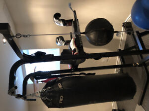 Boxing Heavy bag training unit