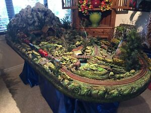 Full Mountain Scenery Train Set