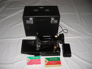 Rare 1961 Red S Featherweight Sewing Machine