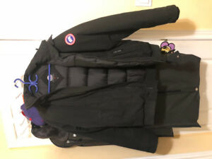 Canada Goose Borden Bomber XL Jacket.